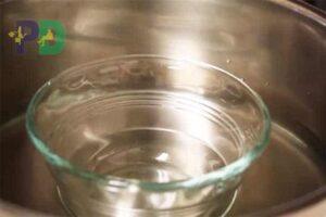 ngâm nước nóng thủy tinh